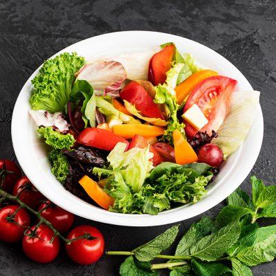 Φρέσκα λαχανικά για έτοιμες κομμενες σαλάτες