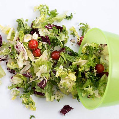 Φρέσκες Σαλάτες έτοιμες για το πιάτο σας